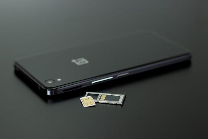 smartphone-sim-card